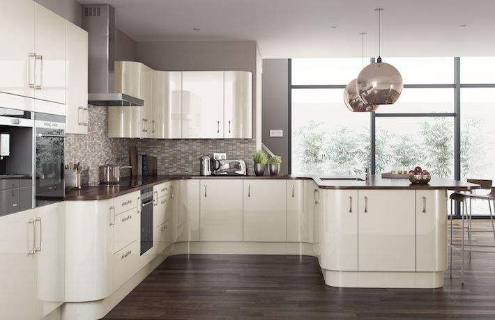Excellent quality<br/><br/>Our kitchens are expertly crafted in the UK and are designed and installed by industry professionals.