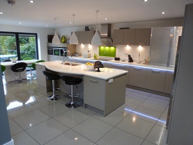 Gloss Kitchen Tiles
